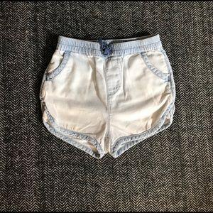 Gap shorts size 3T